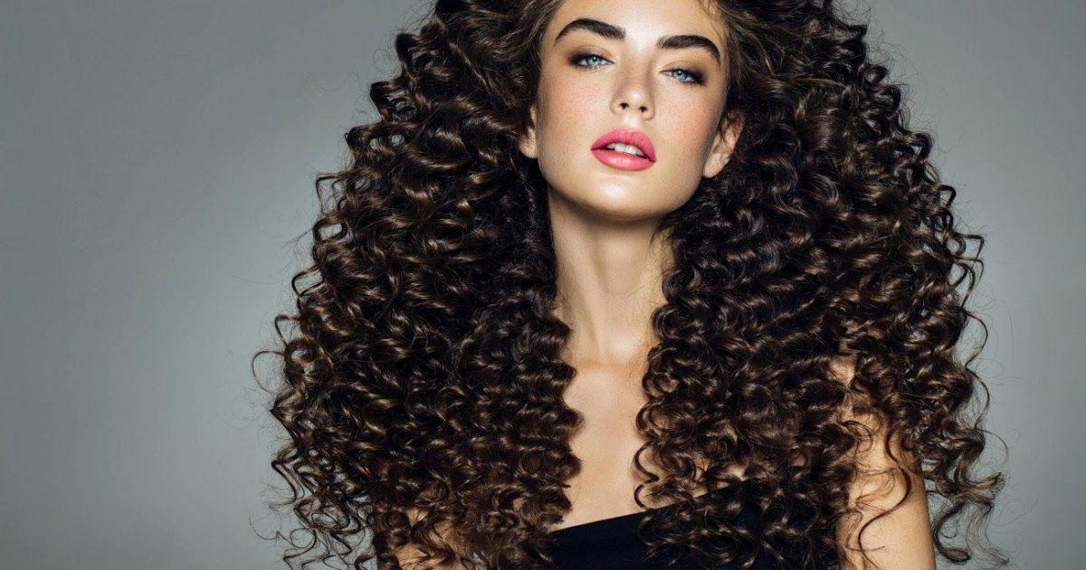 زوروا موقعنا لقراءة المقال كاملا Https Ift Tt 39vy2oh الطرق الصحيحة للعناية بالشعر الكيرلي نقدم لك هنا روتين الشعر الكيرل Hair Styles Long Hair Styles Hair