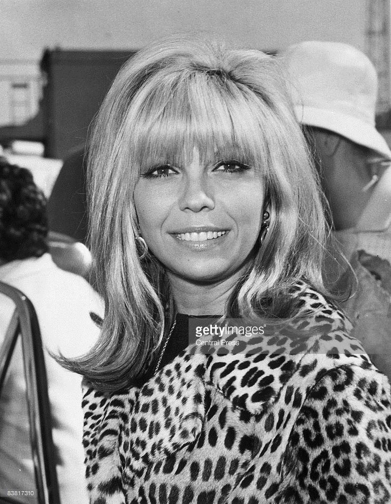pictures Nancy Sinatra