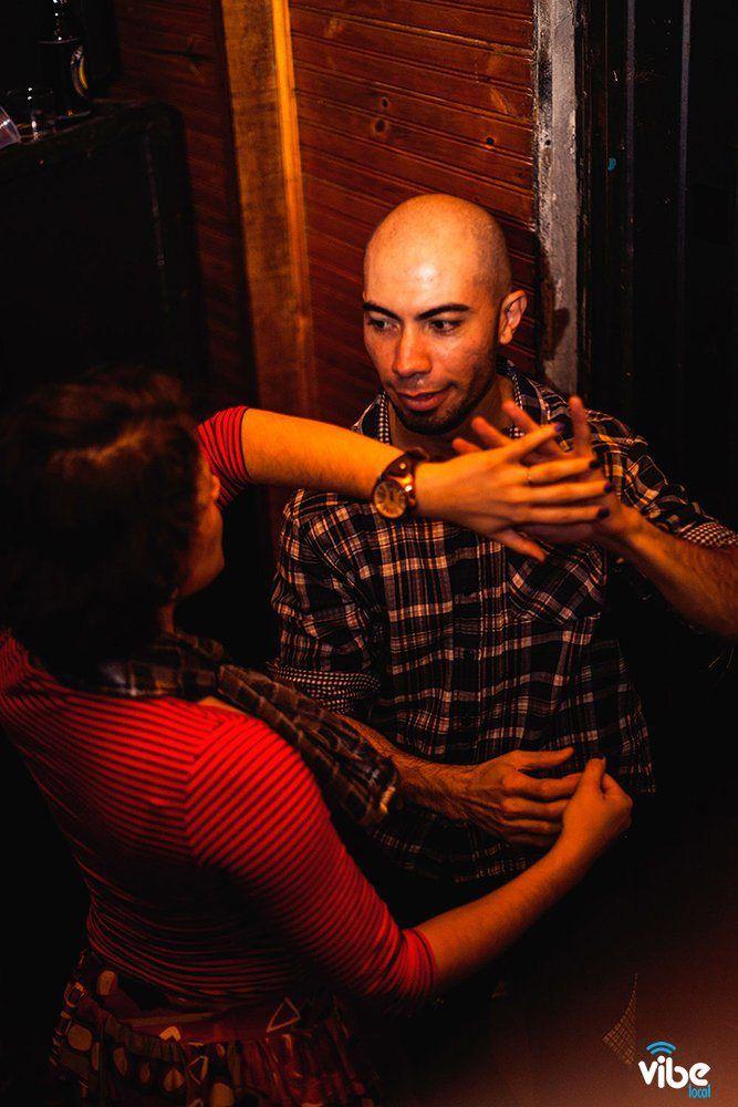 Grupo de dança Forró limpinho - Arraiá da Circular Pocket  - Tribo's Bar -  Maringá - Paraná - Brasil