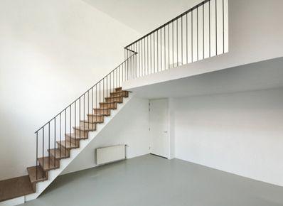 mooi! trap vanuit de keuken naar de vide --> woonkamer | Zolderkamer ...