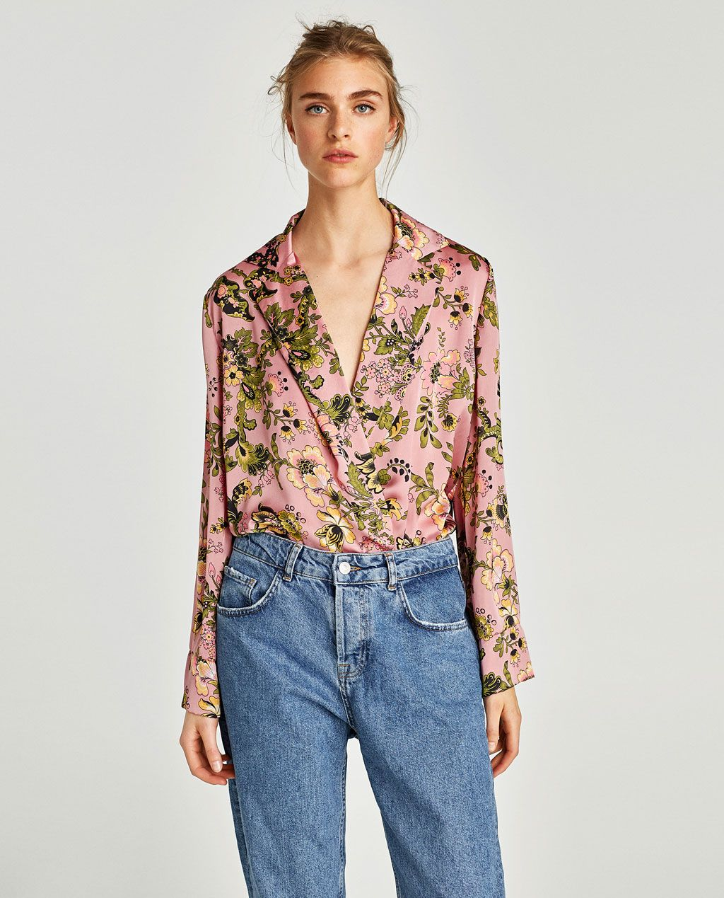Image 2 of PRINTED BODYSUIT WITH LAPEL COLLAR from Zara  2c313db36
