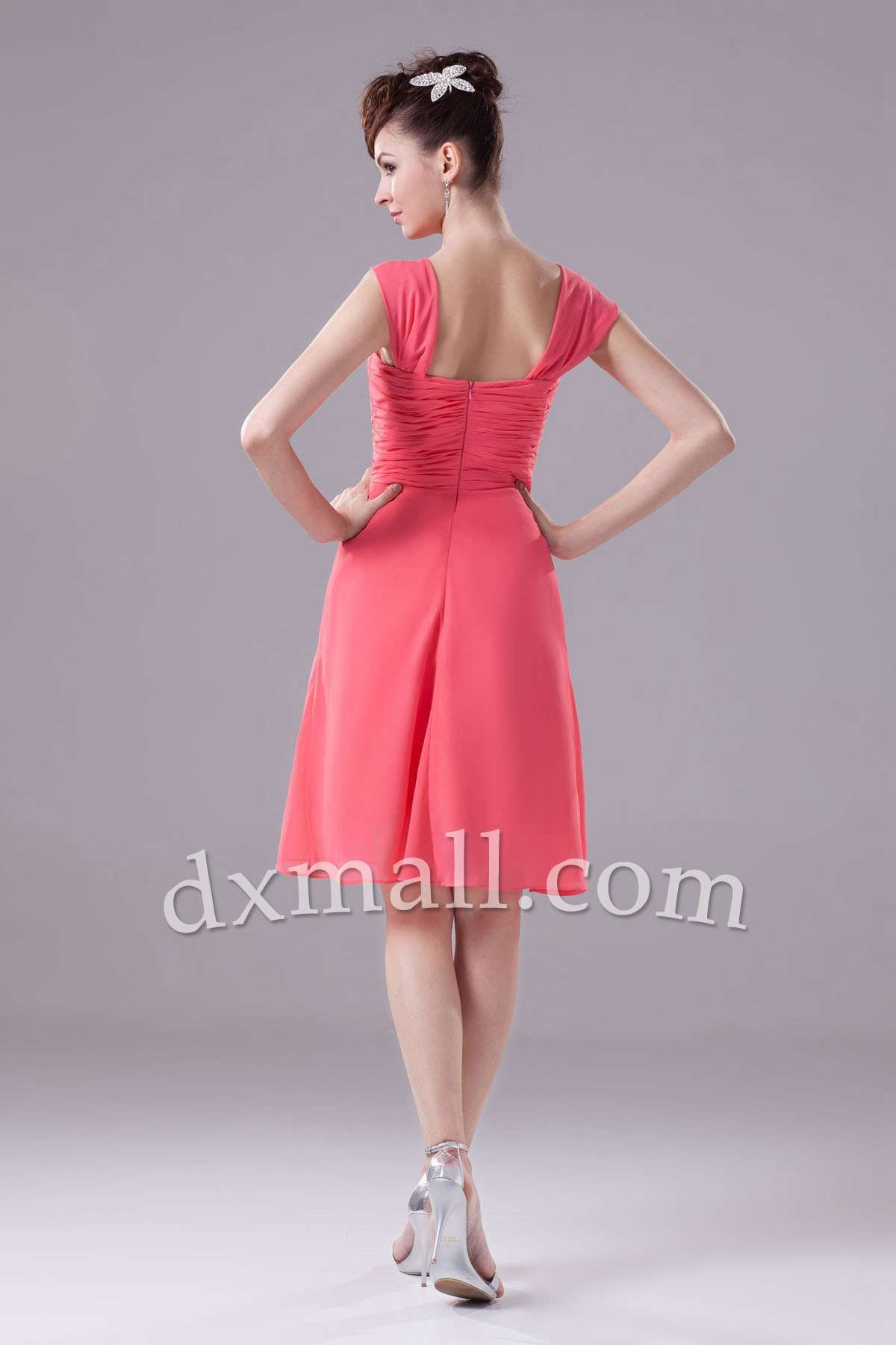 Mid length dresses for wedding guests  Short Wedding Guest Dresses Straps Knee Length Chiffon picture shown