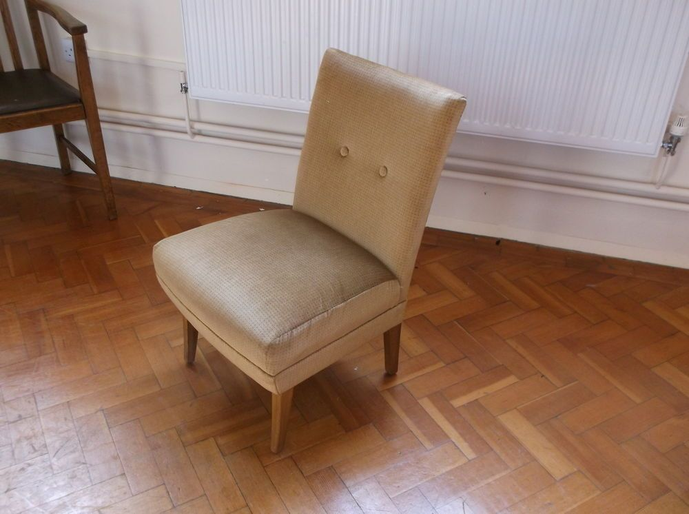 Lovely Retro Vintage Small Lounge Chair Bedroom