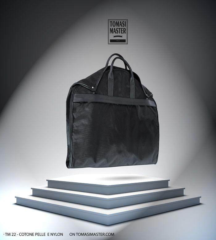 TM 22 Cotone, nylon e pelle #garmentcover #leather