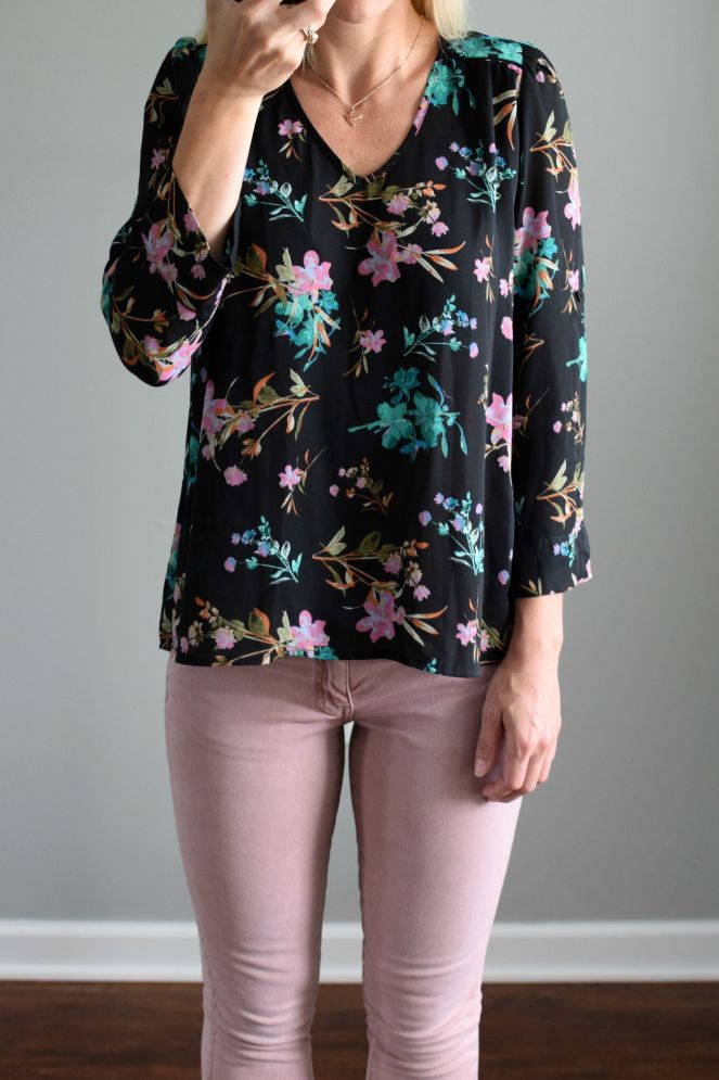 f812d1857d1 October fix! Stitch fix stylist  do you still have this top  I LOVE IT and  would love to have it in my closet!
