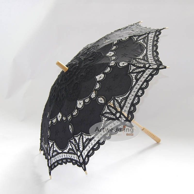 This well-made sun umbrella will satisfy you by the superior craft and gorgeous look. Walking along beach with your spouse with this umbrella in a sunny day can be very romantic thing.