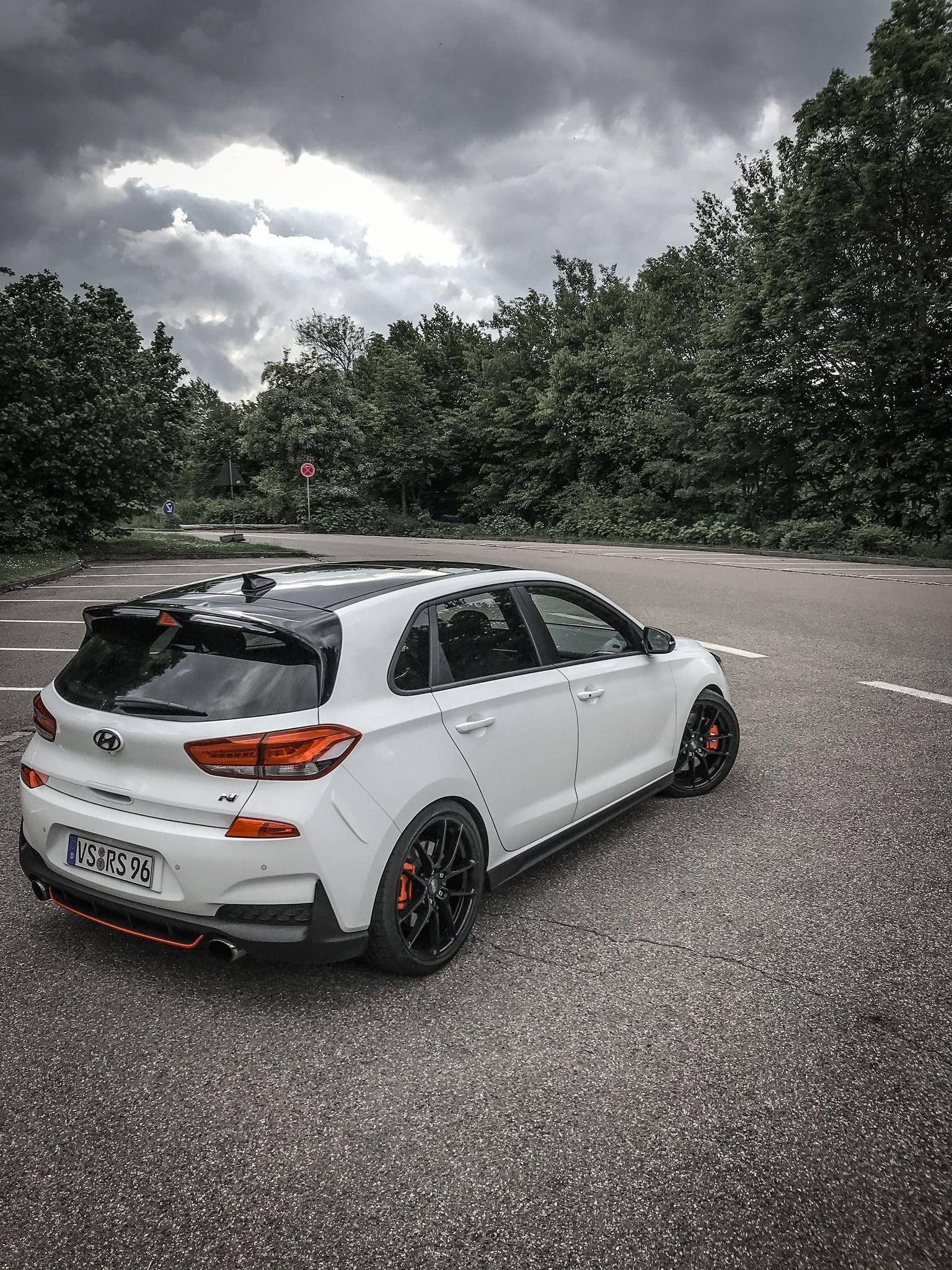 I30n Hyundai Hatchbacks Car Hot Hatch Rear Angle View 1080p Wallpaper Hdwallpaper Desktop In 2020 Hot Hatch Hatchback Car