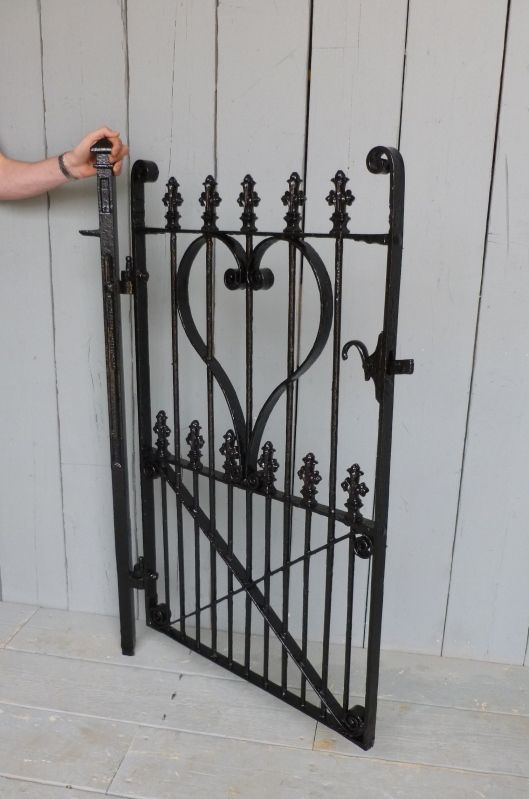 Antique Victorian Wrought Iron Pedestrian Gate And Post 6147 Wrought Iron Driveway Entrance Garden Gates