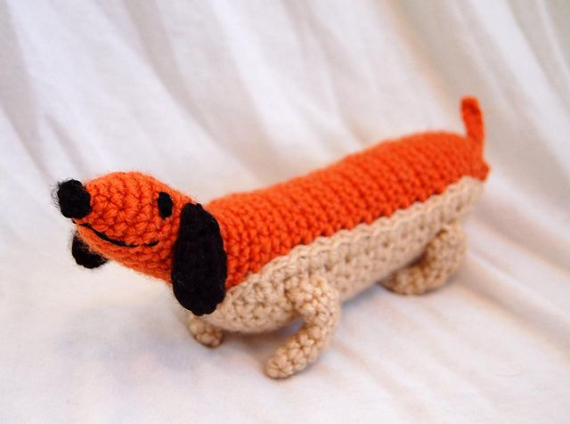 Amigurumi Wiener Dog Pattern : Weenie the hot dog dachsund from oswald octopus amigurumi pattern