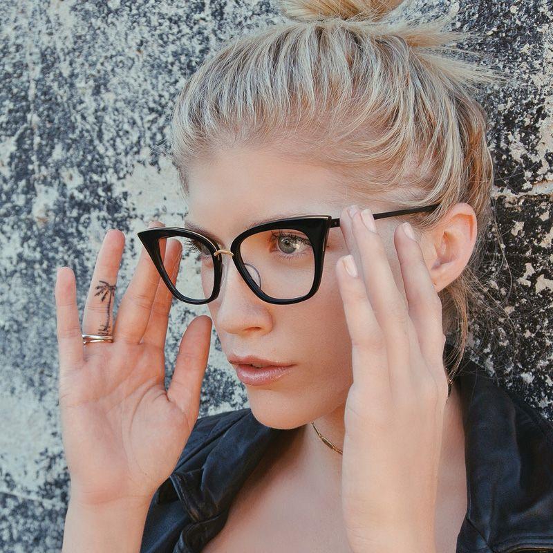 A Rebel Act in the Rebella from the ladies @lili_claspe @taylorfayebrown #DITAgirl #DITAeyewear #eyewear #rebel