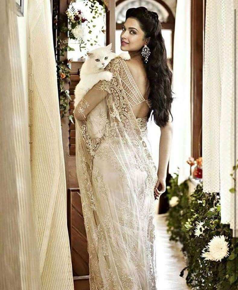 Pin by Sanya Tanwir on Engagement/Wedding- Pics | Indian ...