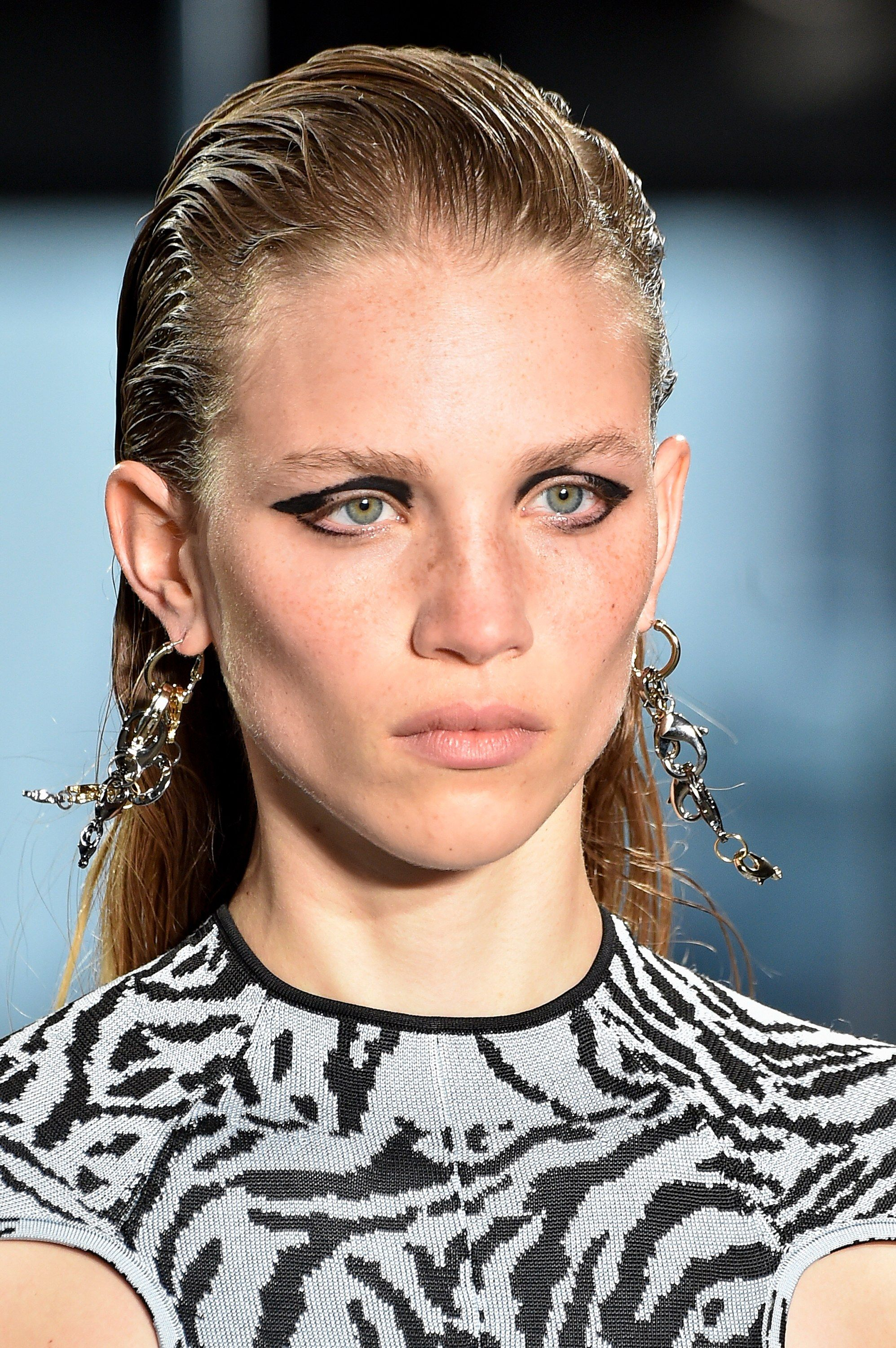 The 5 Most ShowStealing Beauty Trends at New York Fashion