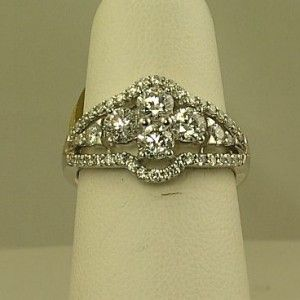 Ladies Diamond Fashion Ring SK