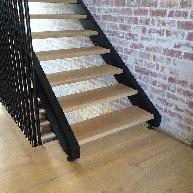 Best Hakwood Flooring European Oak Best Wood Flooring 400 x 300