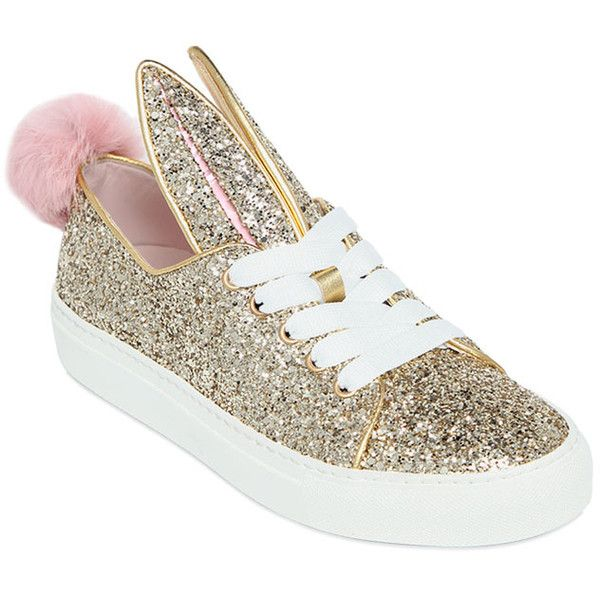 Minna Parikka Women 20mm Bunny Glitter Sneakers (867.300 COP) ❤ liked on Polyvore featuring shoes, sneakers, gold, metallic sneakers, leather trainers, metallic shoes, rubber sole shoes and pom pom shoes