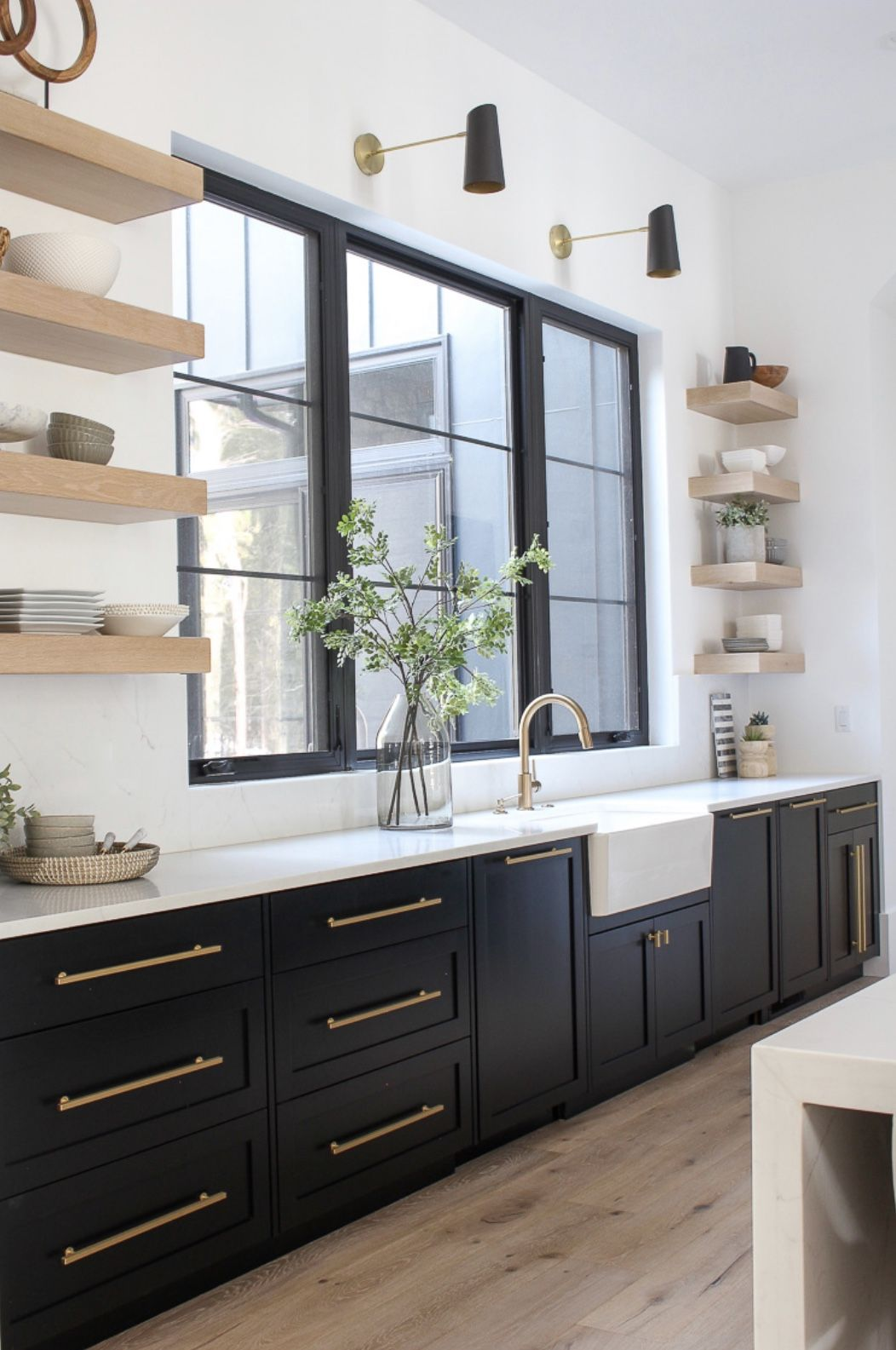 5 Current Kitchen Trends Now Beautiful Kitchen Cabinets Painted Kitchen Cabinets Colors Kitchen Design