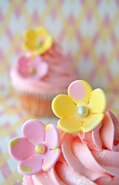 Cupcakes i love baking pinterest pink yellow cake and cupcakes mightylinksfo
