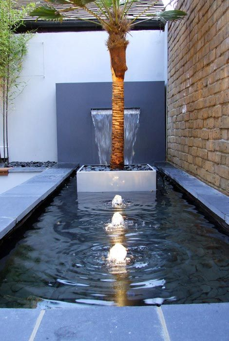 Superieur Contemporary Water Feature Sound