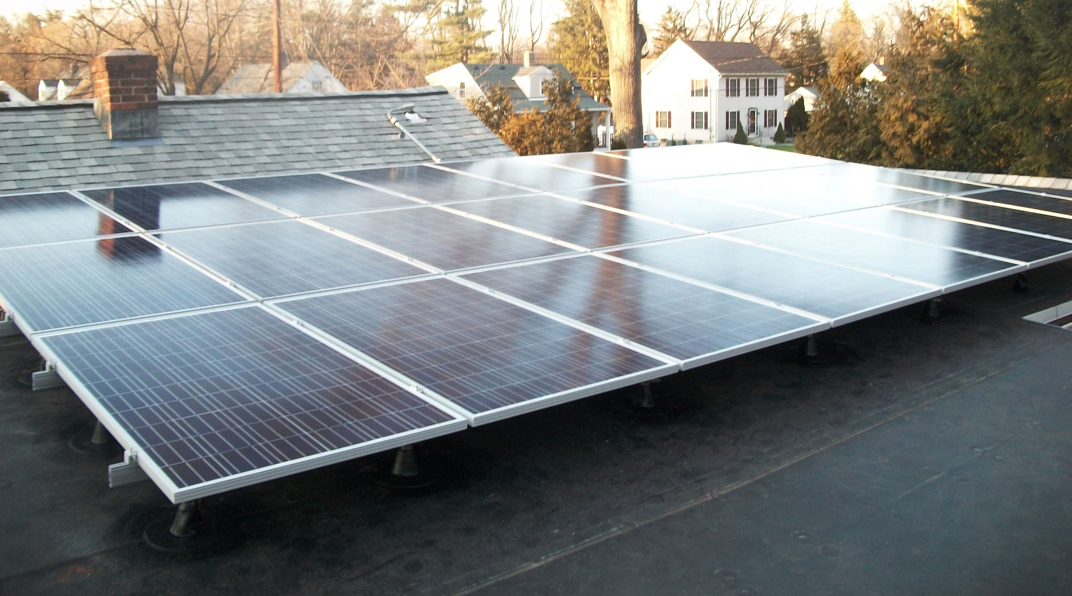 Triangle Solar Mounting System On Flat Roof Flat Roof Solar Roof Solar Panel