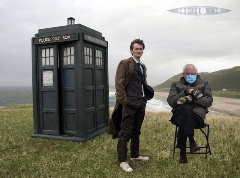The Doctor S New Companion In 2021 Doctor Who Wallpaper Tardis Wallpaper David Tennant Doctor Who