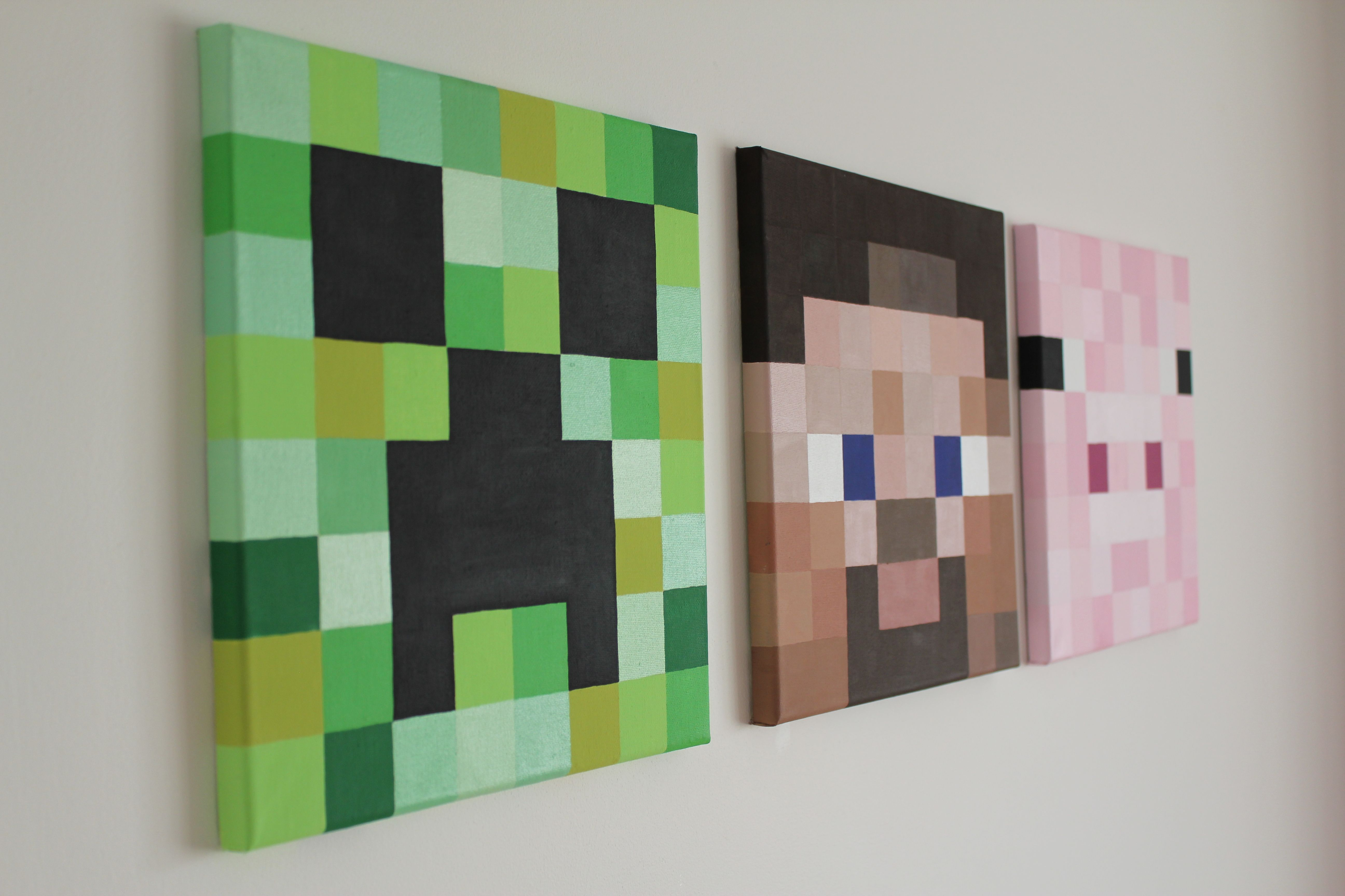 Minecraft canvas pictures steve creeper and piggy all for Room decor minecraft