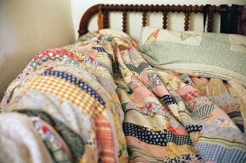 patchwork quilt via. Flickr 'LEICA' by AVIVA ROWLEY
