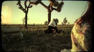 Le Butcherettes Demon Stuck In Your Eye - YouTube