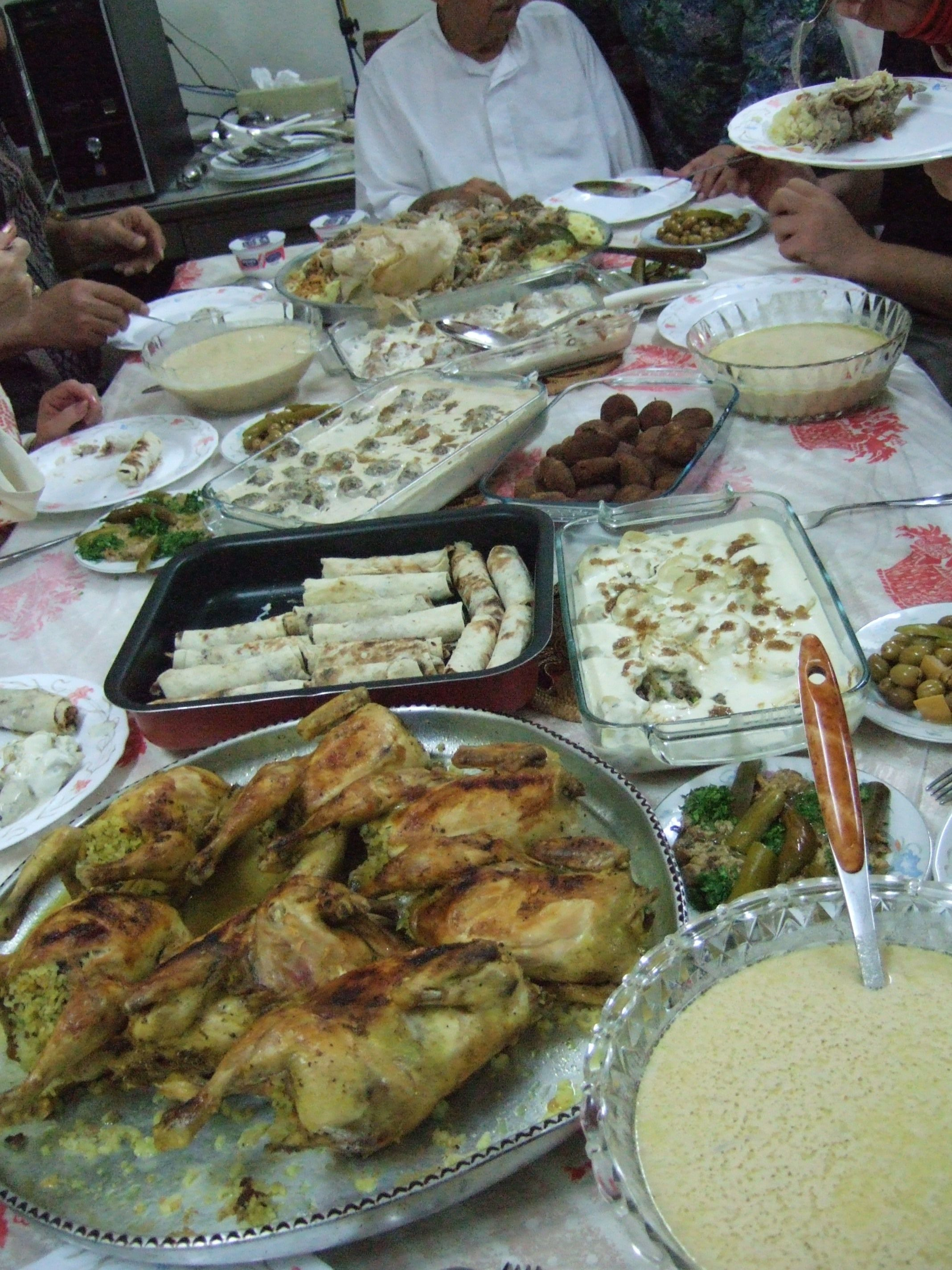 a typical arab feast(I miss dinner parties)