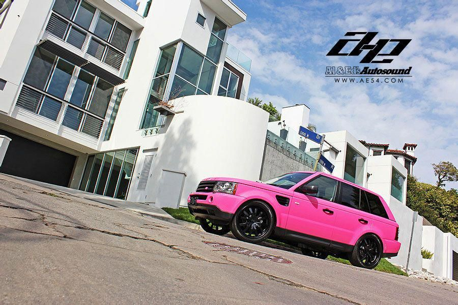 Al Pink Range Rover Sport car wrapping details for the roof top. Tuning Cars, Range Rover, Auto Celebrities: Range Rover Sport Goes Pink by Al's Autosound. Kameco Cuaolo, Al's Autosound, Range Rover Sport, Tuning Cars, Range Rover, Auto Celebrities - Roogio #ferraripink #pinkrangerovers