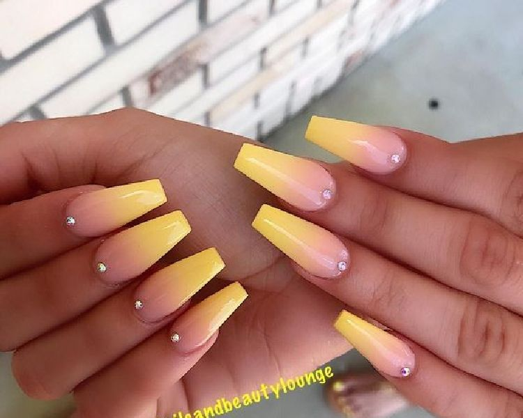 51 Stunning Yellow Acrylic Nail Art Designs For Summer Nails Summer In 2020 Ombre Acrylic Nails Rhinestone Nails Ombre Nails