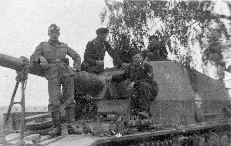 Pin von Dmitriy Semenov auf «Dickermax» 10,5 cm K18 auf Panzer ...