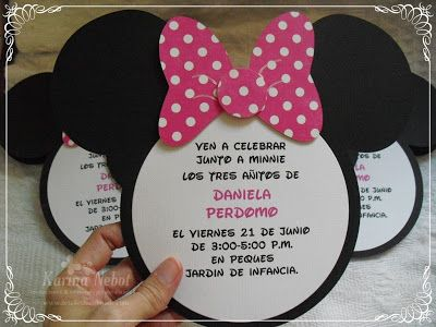 Karina Nebot Los Tres Añitos De Daniela Con Minnie Mouse