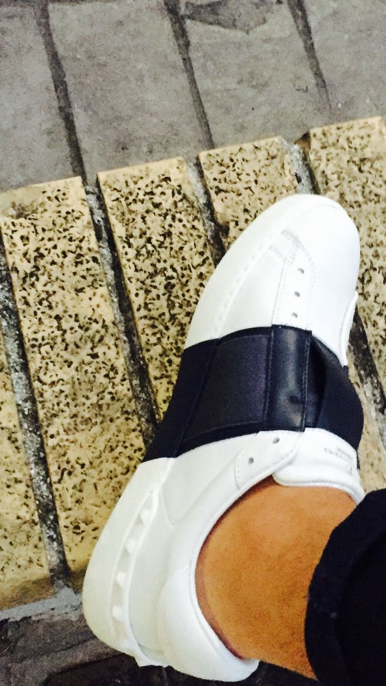new styles 3c635 17eba Valentino Garavani   sneakers Open   pelle 100%   senza lacci   banda blu
