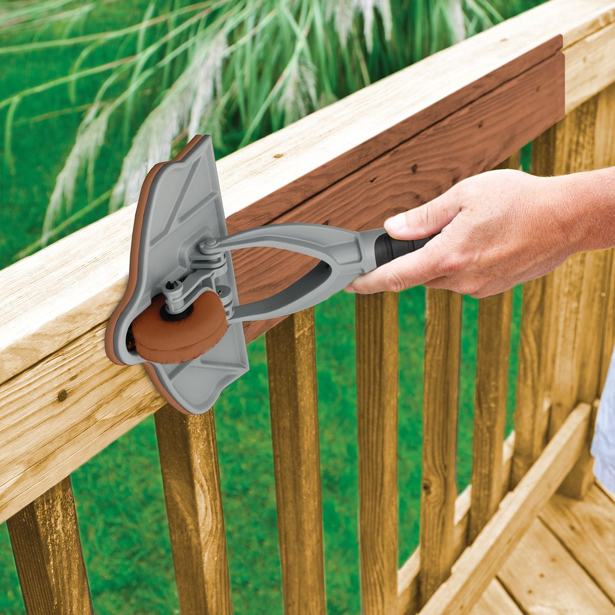Stain Applicator With Gap Wheel Staining Deck Deck Stain Colors Staining Tools