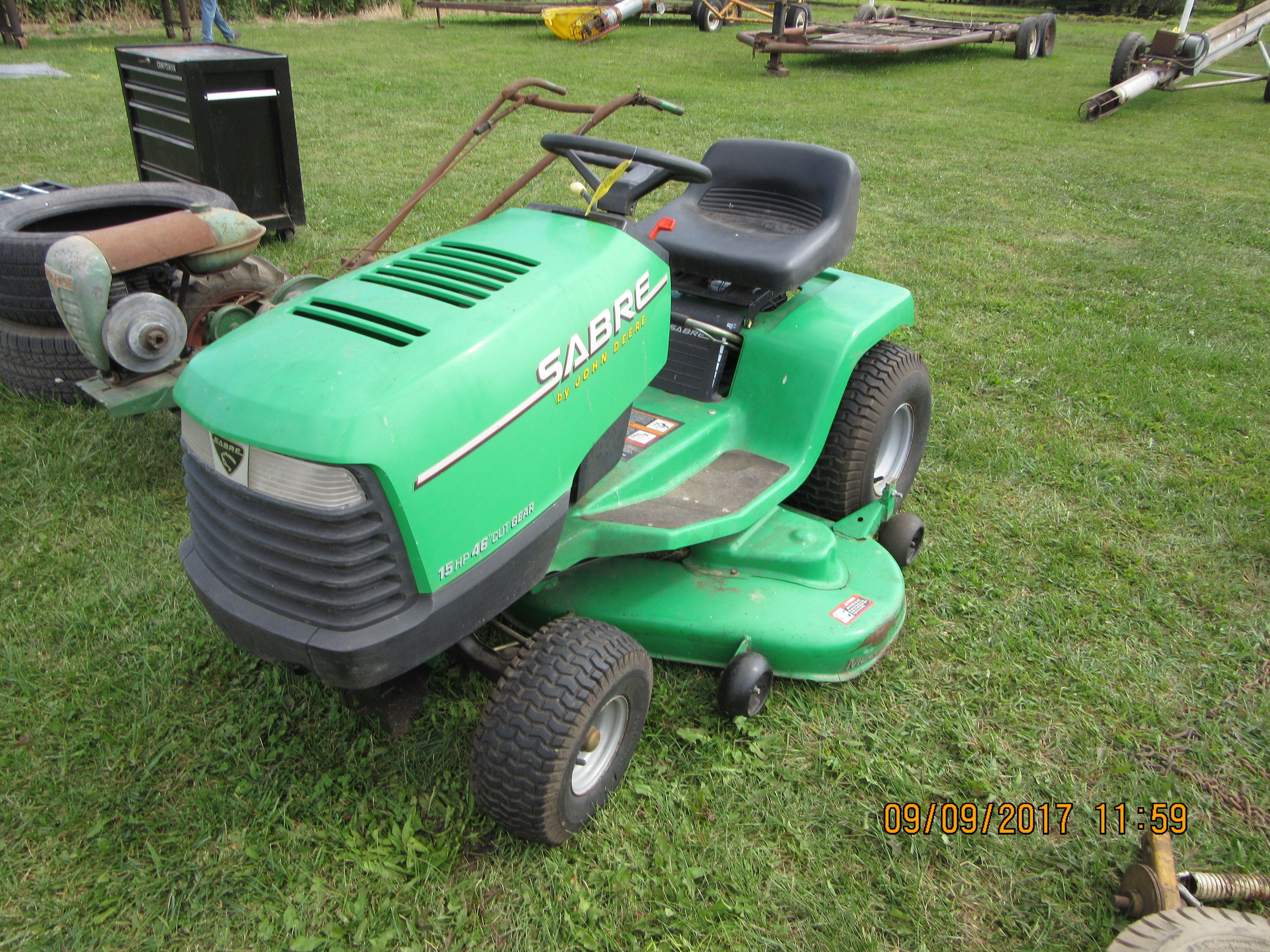 John Deere Sabre >> John Deere Sabre Lawn Tractor John Deere Lawn Garden My Pictures