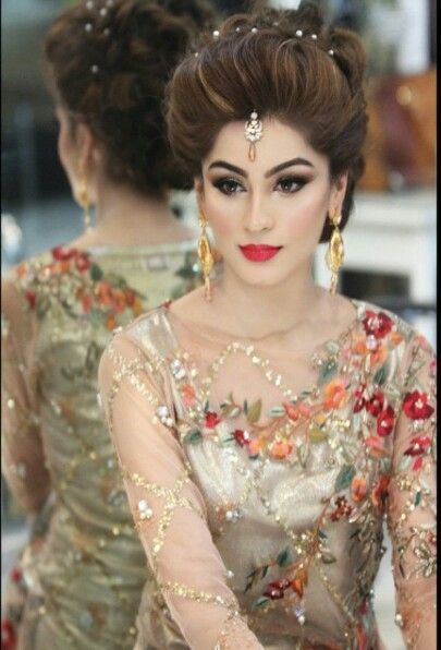 Latest Pakistani Bridal Wedding Hairstyles Trends 2020 2021 Collection Pakistani Bridal Makeup Indian Wedding Hairstyles Hair Styles
