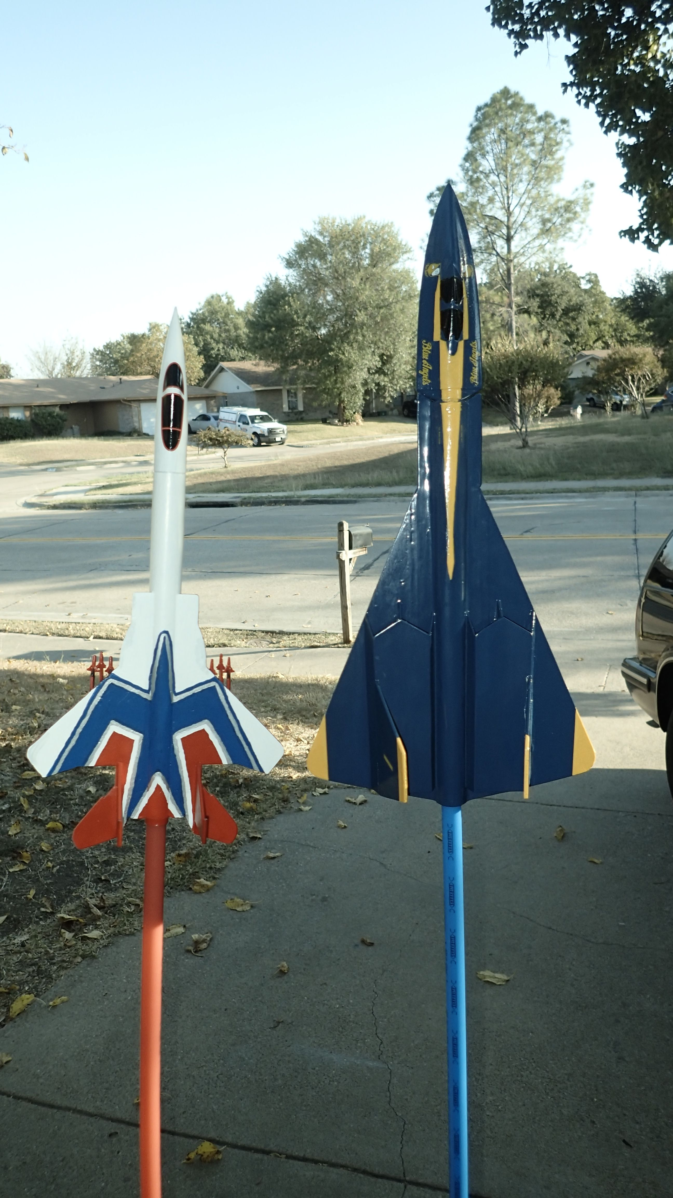 Estes Nightwing US Navy Blue Angles vs. Estes Screaming