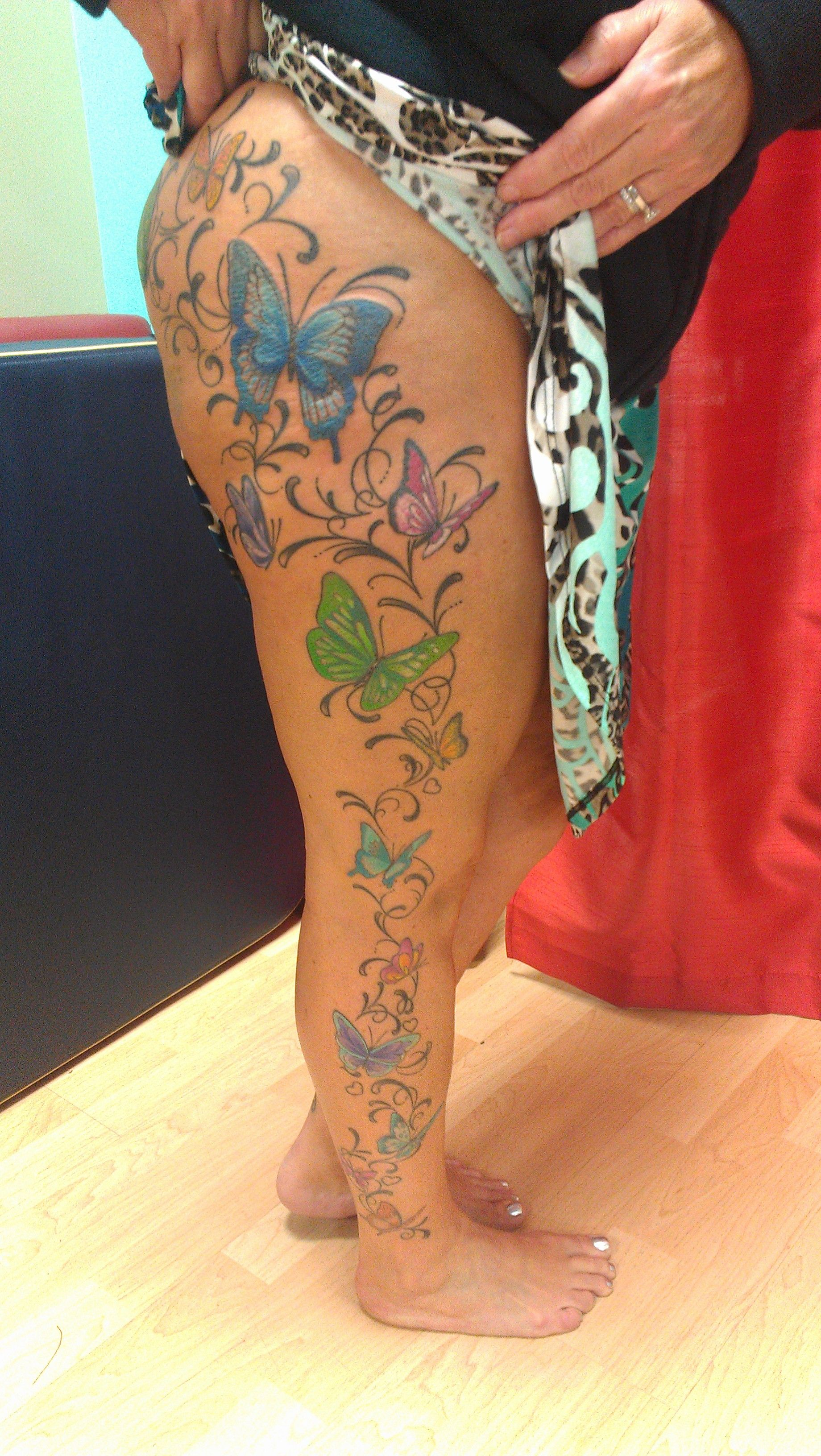Pin By Brionnica Cousins On Suggested Tattoos Full Leg Tattoos Leg Tattoos Mom Tattoos