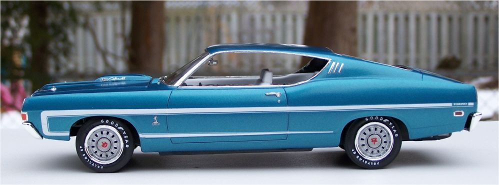 AMT 1969 Ford Torino GT Cobra Jet 428ci | Small Scale | Ford