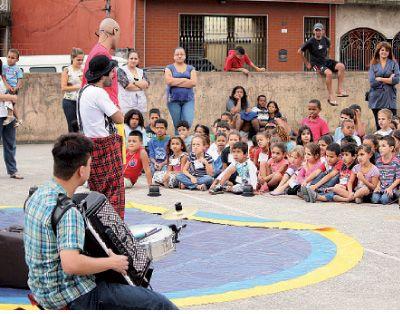 Mauá comemora Dia do Circo com teatro no Jardim Oratório