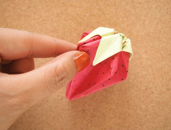 How to Fold Strawberry Origami: 21 steps (with pictures)