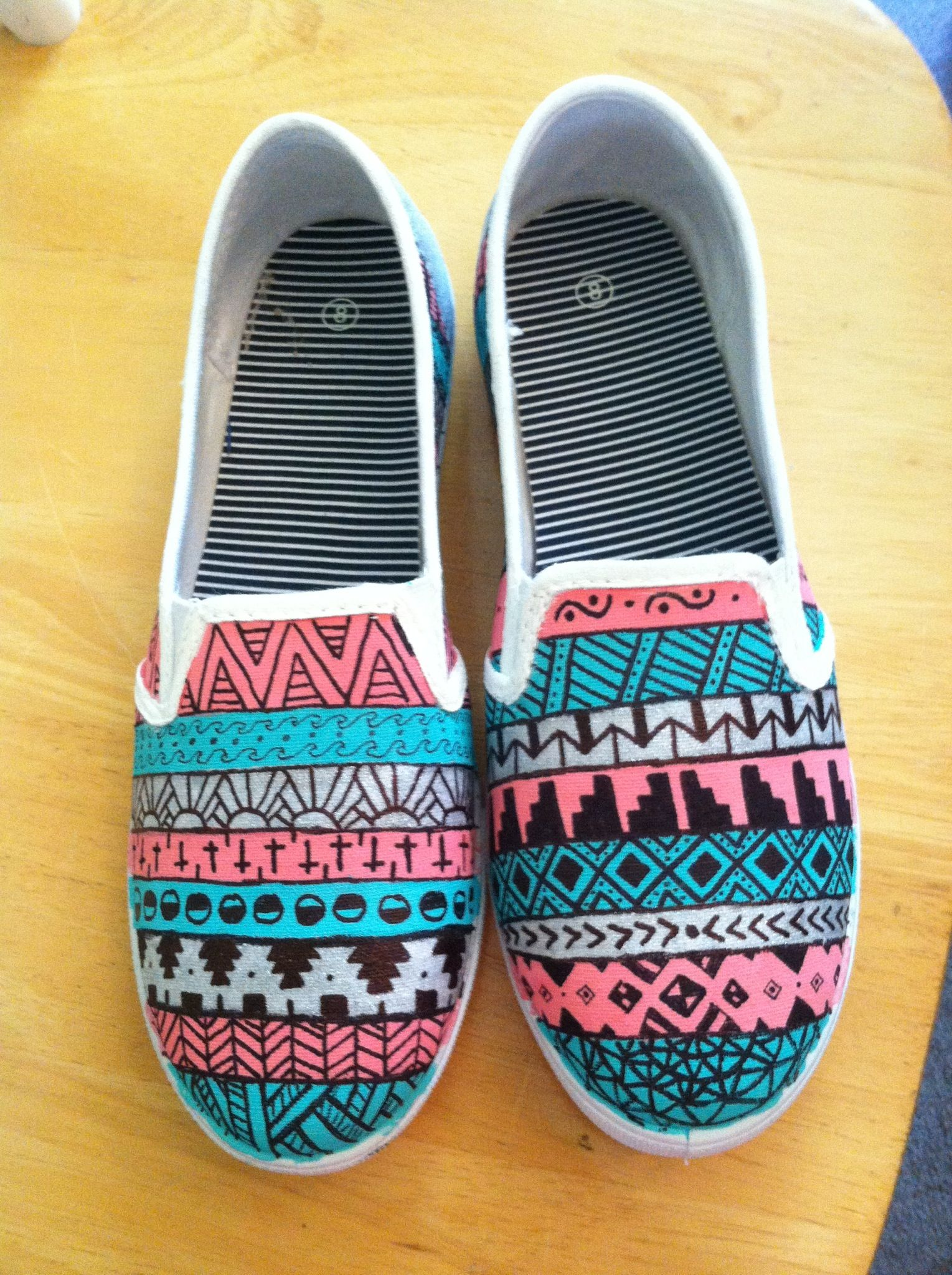Hand painted shoes | Sharpie shoes, Upcycle shoes, Diy sneakers