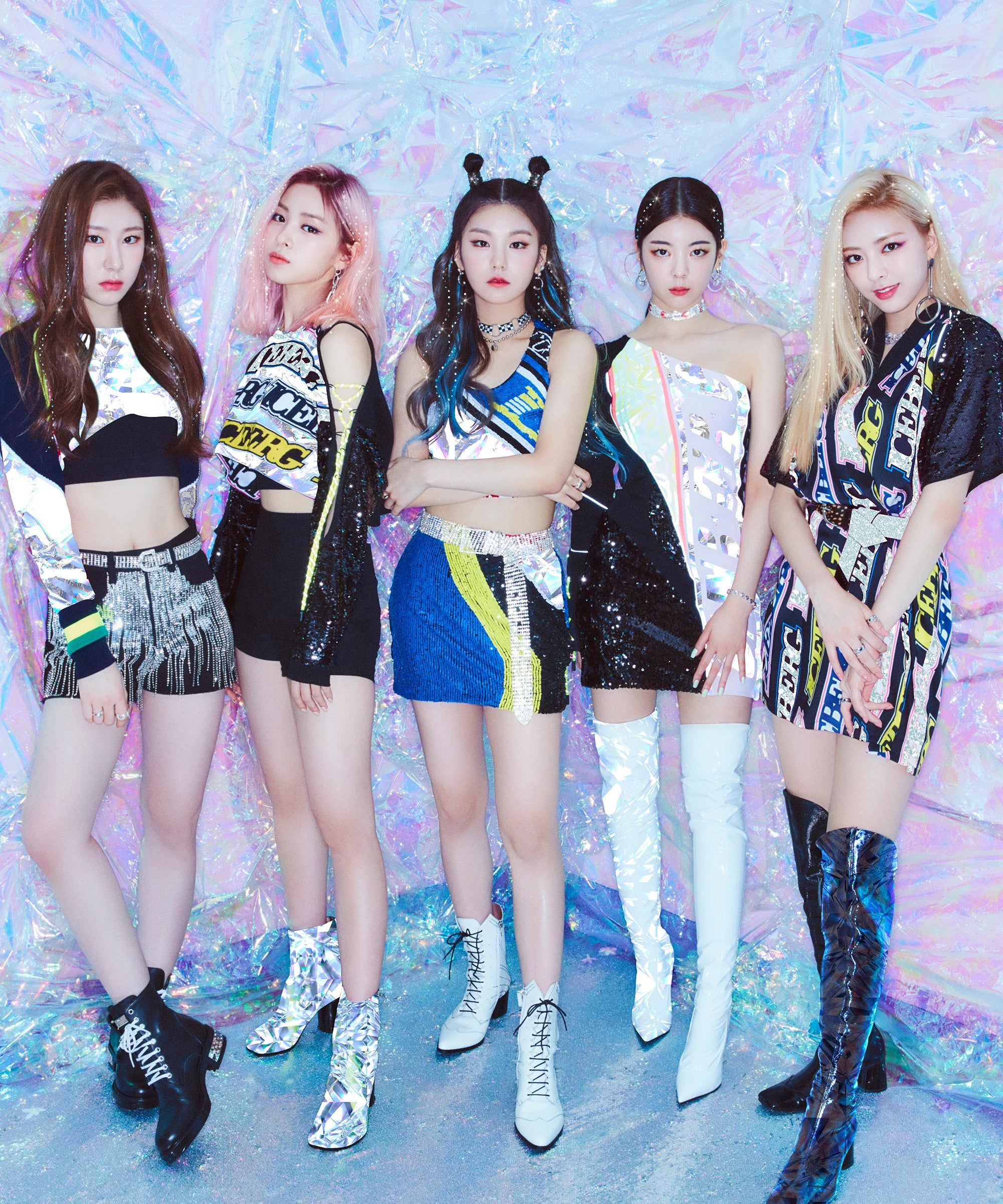 ITZY Are K-Pop's Newest Queens Of Confidence