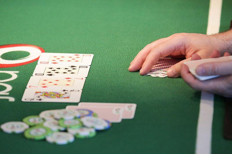 Pin Di Situs Bola Poker Online