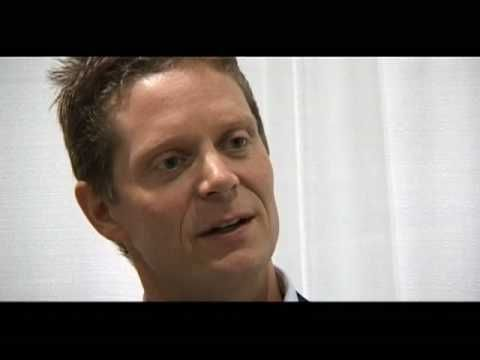 http://happyashumanlypossible.com Greg Larsen, Life Coach and co-host of the http://livingwithtolle.com podcast , shares how Eckhart Tolle and his books The Power of Now and A New Earth sparked a deep spiritual transformation. Greg also shares how he uses these teachings in his life coaching practice to support people with their spiritual and pe...