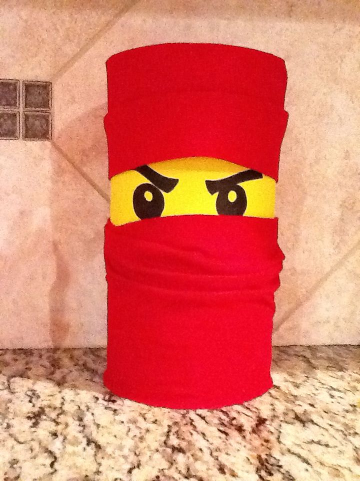 Lego ninjago valentine holder made with an empty oat for Diy lego crafts
