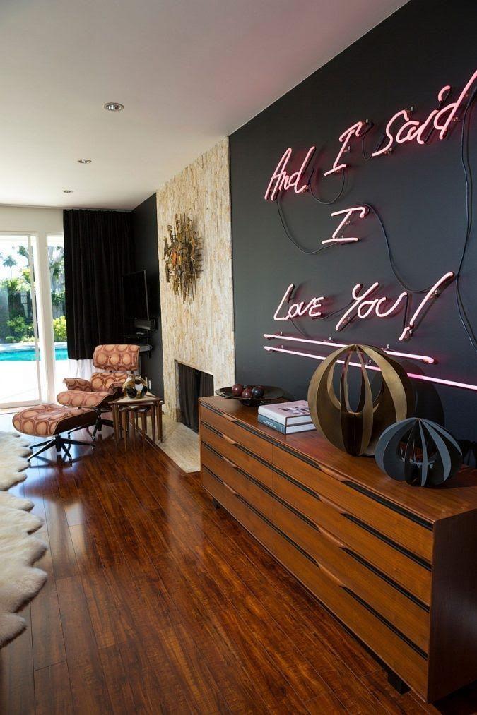 neonsignsinbedroom675x1013 7 Design Ideas for Teens