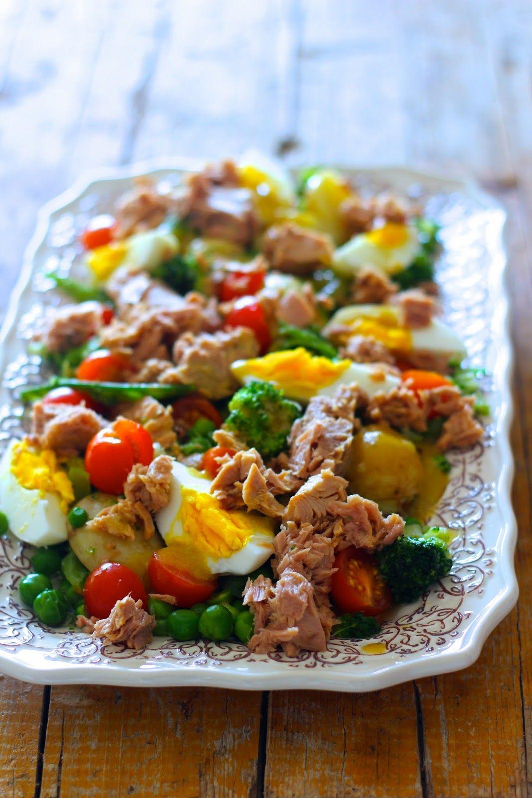 Batatas Novas com Ervilhas e Atum