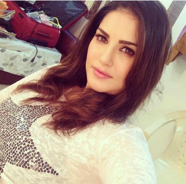 113 Best !Desi Selfies! images | Bollywood celebrities ...