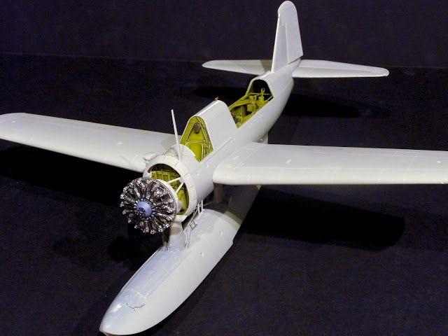 The Modeling News: Construyendo la 32ma escala Kingfisher OS2u de Kittyhawk - Parte I de II